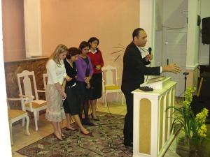 Pastor Forlan e quarteto feminino